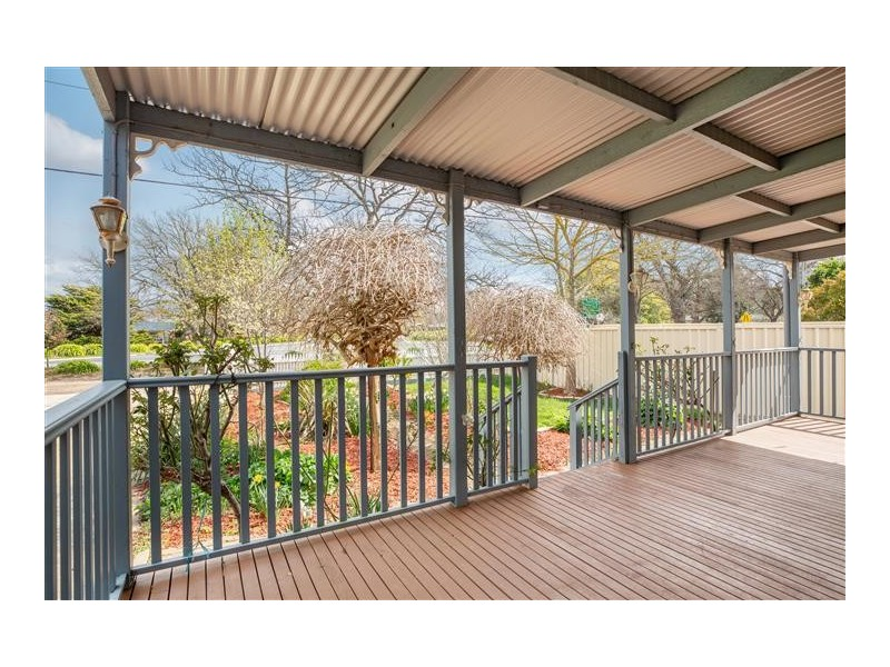 90A Station Road, Gisborne VIC 3437
