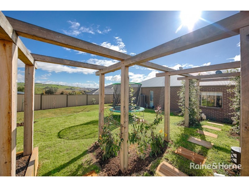 9 Swift Street, Sunbury VIC 3429
