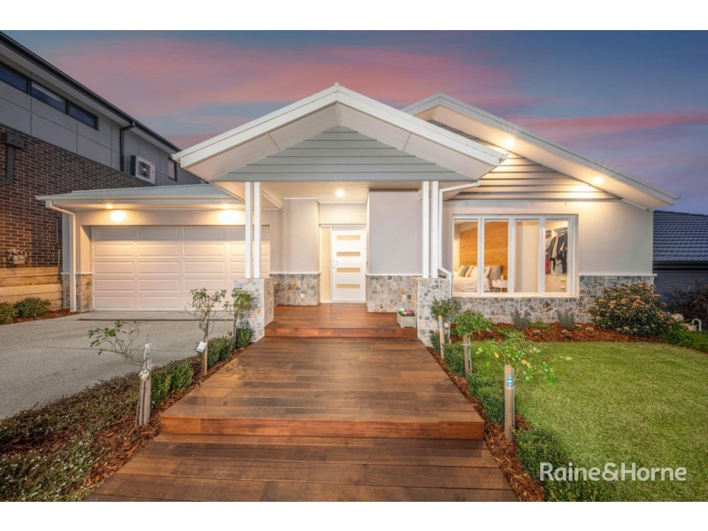 13 Friesian Drive, Sunbury VIC 3429