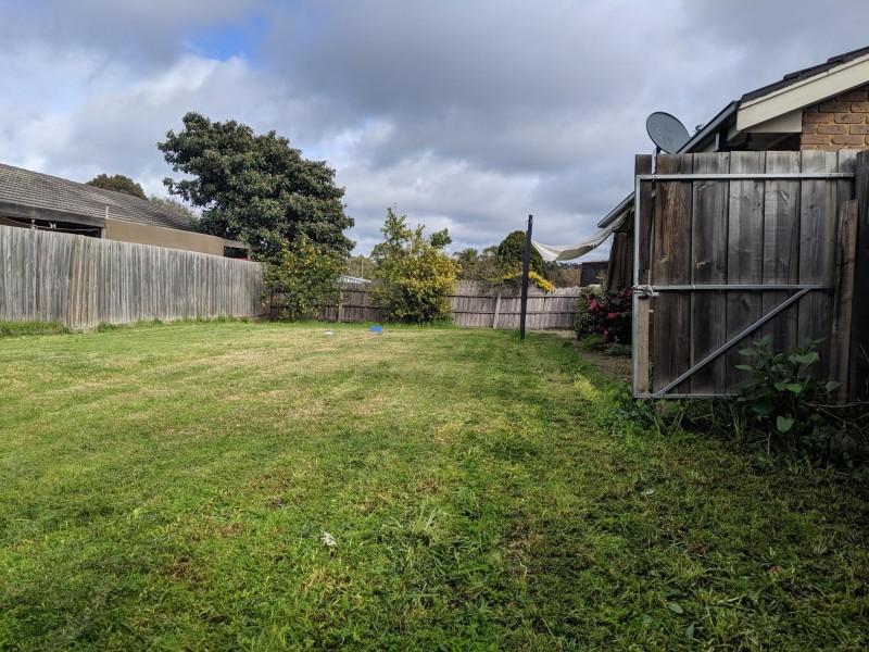 6 Ervine Close, Sunbury VIC 3429