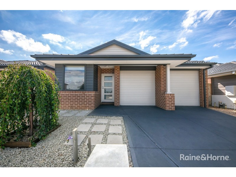 15 Clacy Street, Diggers Rest VIC 3427