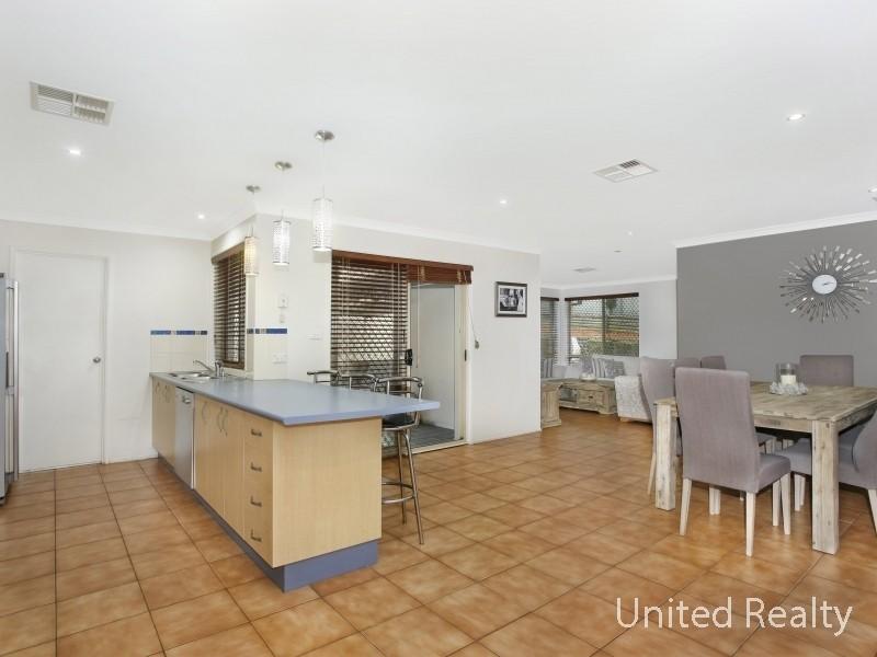 49 Hackett Road, Abbotsbury NSW 2176