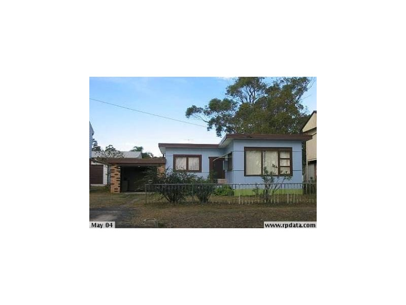 96 Cams Boulevard, Summerland Point NSW 2259