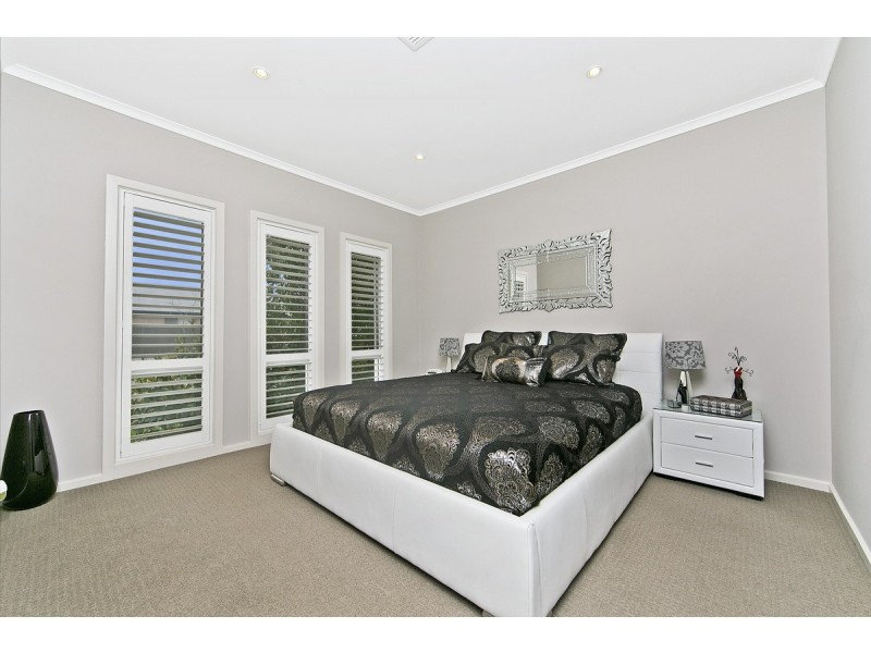 8 St Germain Ave, Andrews Farm SA 5114