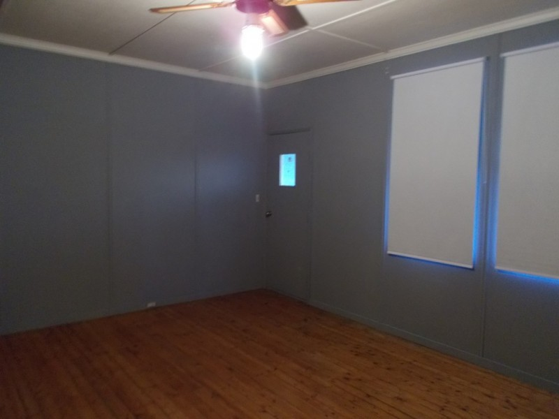 4 Second St, Bordertown SA 5268