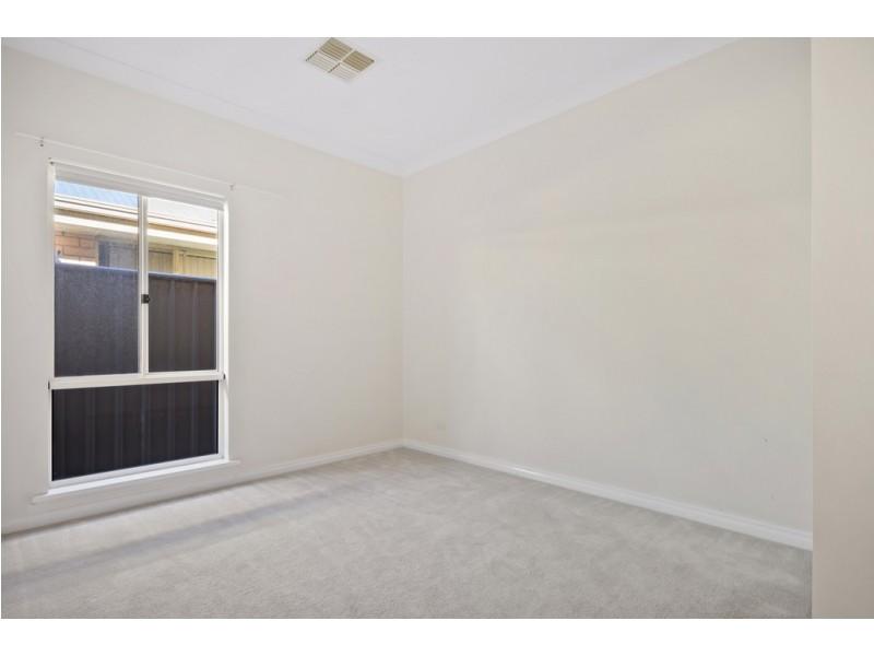 10 Acacia Grove, Flagstaff Hill SA 5159