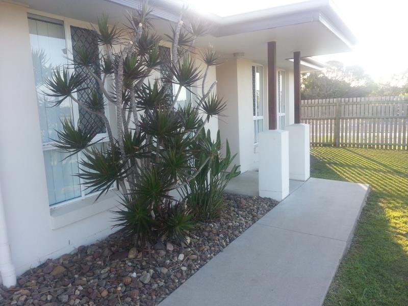 54 Lady Penrhyn Drive, Eli Waters QLD 4655