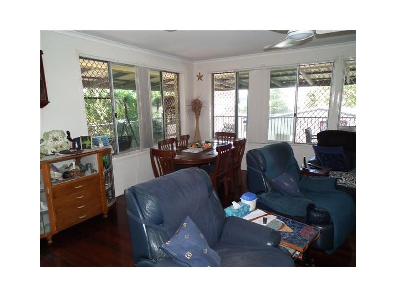 42 Long Street, Point Vernon QLD 4655