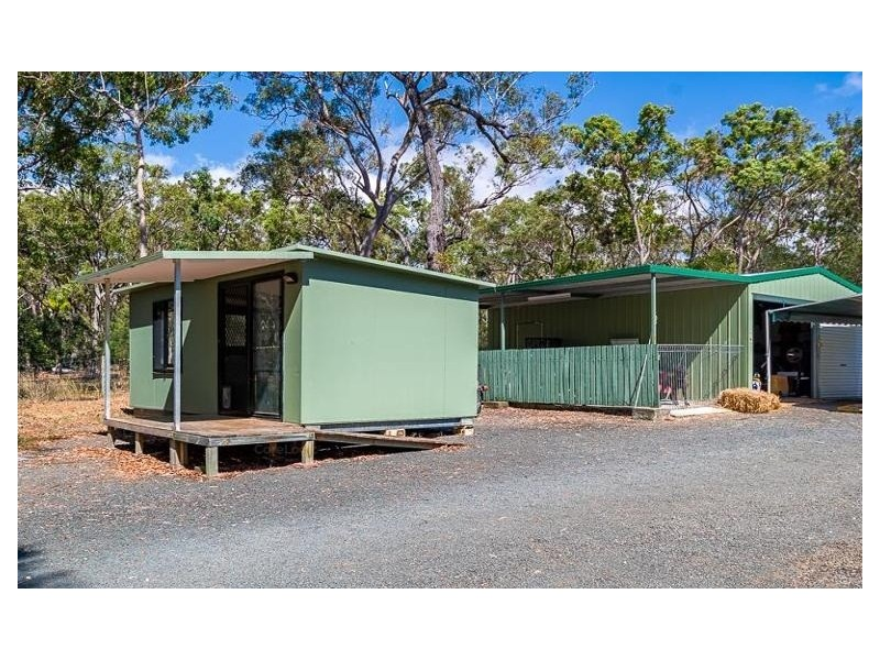 21 Barallen Close, Booral QLD 4655