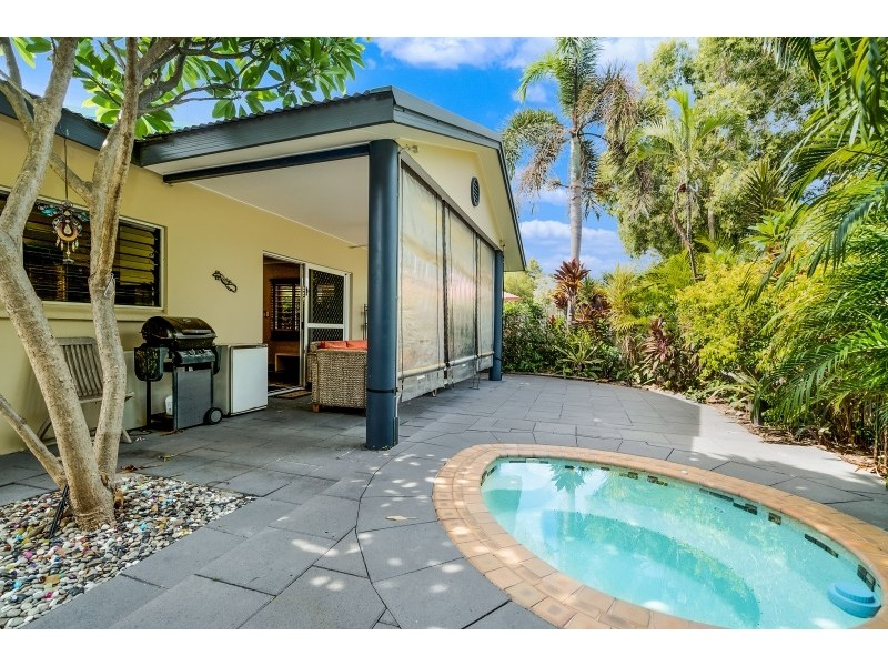 1/13 Sovereign Circuit, Coconut Grove NT 0810