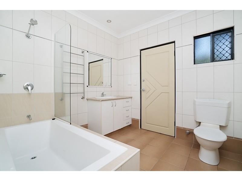 42 Hutchison  Terrace, Bakewell NT 0832
