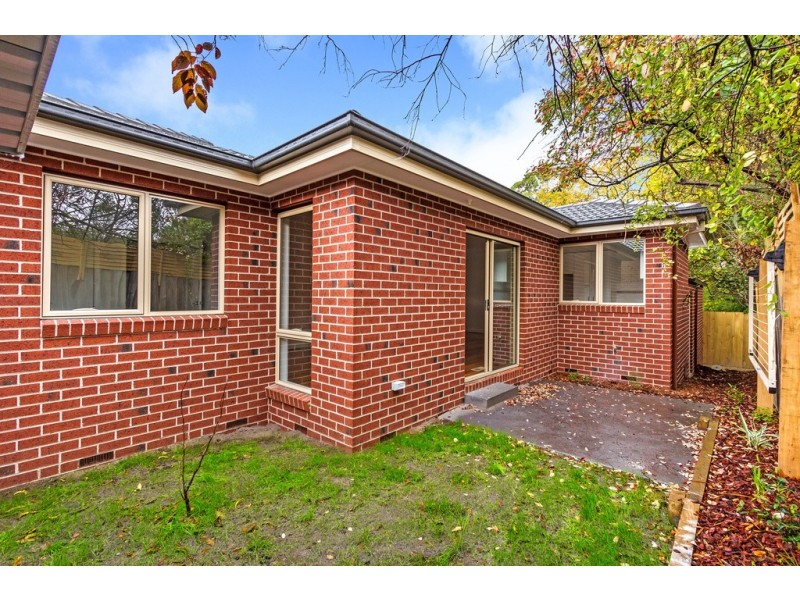 4/12 Frankcom Street, Blackburn VIC 3130