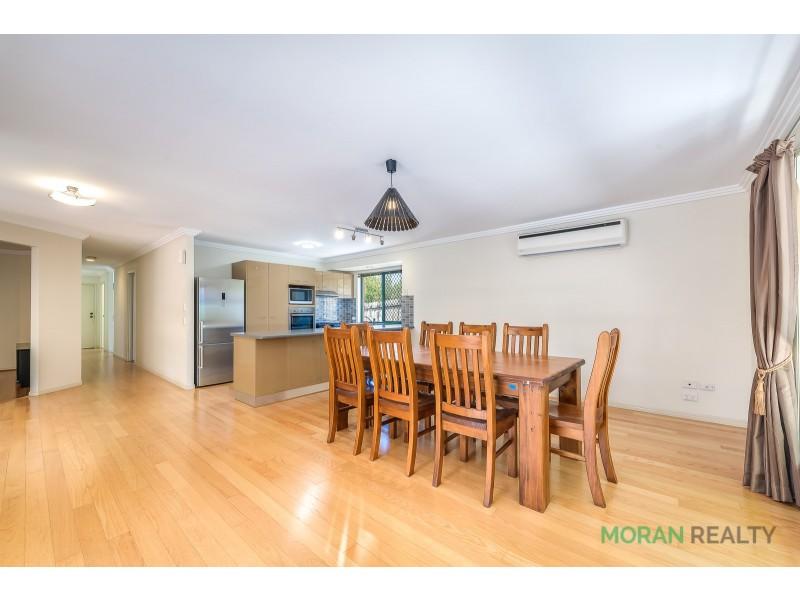 8 Lakewood Court, Parkwood QLD 4214