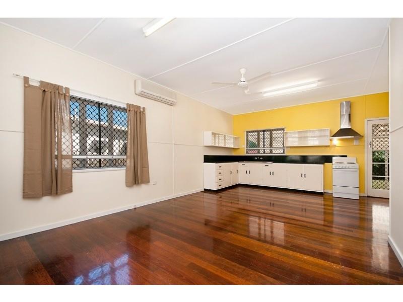 10 Akuna St, Aitkenvale QLD 4814