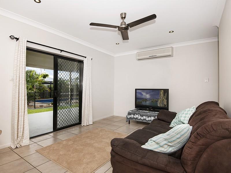 5 Clearwater Court, Bushland Beach QLD 4818