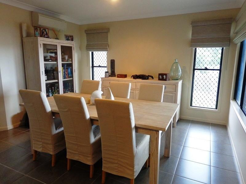 6 Yanooa Court, Bushland Beach QLD 4818