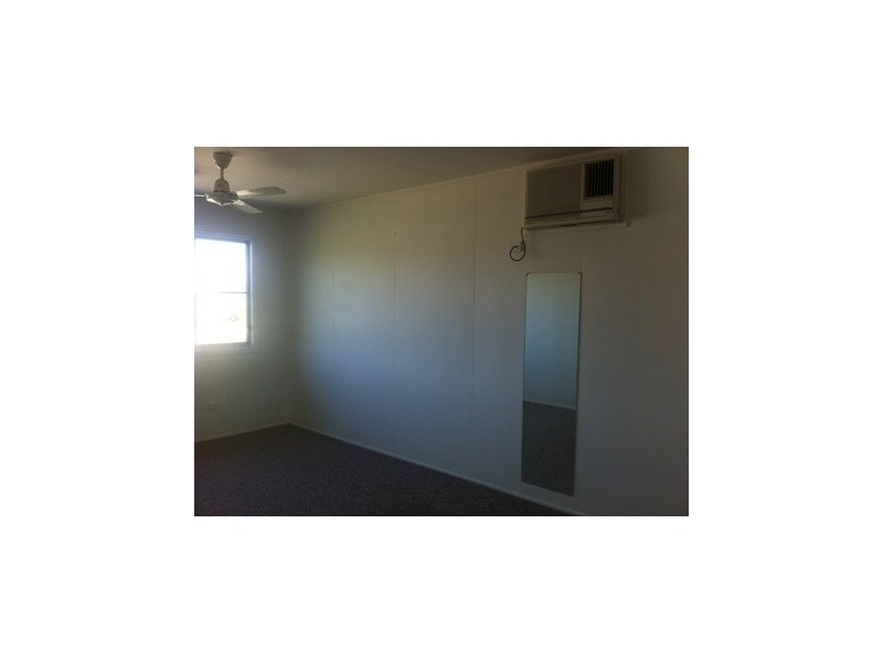 28 Merryl Street, Rasmussen QLD 4815