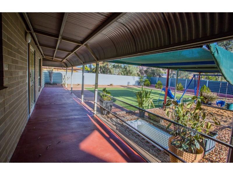 8 Nelson Terrace, Araluen NT 0870