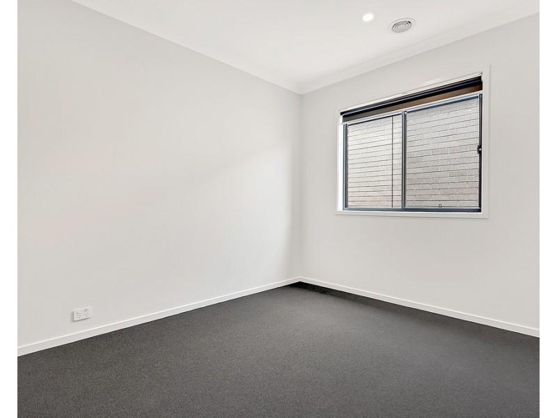 40 Gossia Avenue, Craigieburn VIC 3064