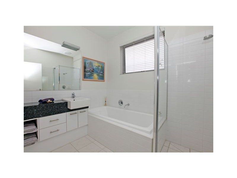 1 Tiree Lane, Craigieburn VIC 3064