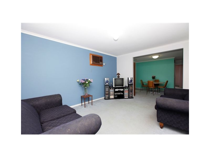 11 Waterford Avenue, Craigieburn VIC 3064