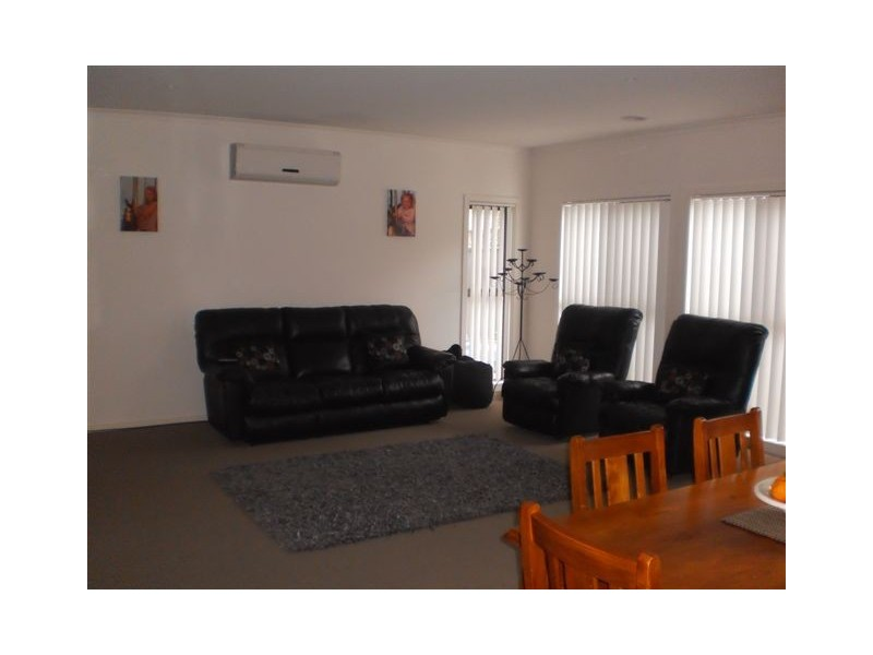 41    Kinglake Crescent, Craigieburn VIC 3064