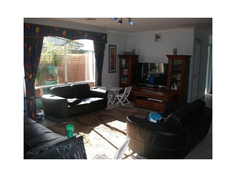 13 Newhaven Road, Craigieburn VIC 3064