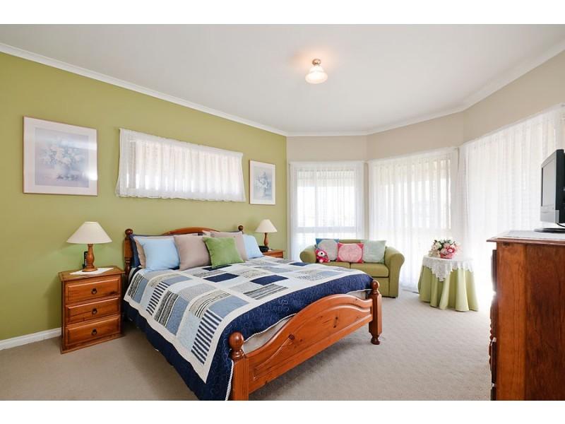 13 Consort Place, Craigieburn VIC 3064