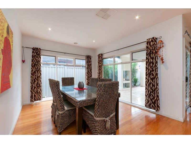 8 Olympic Way, Craigieburn VIC 3064