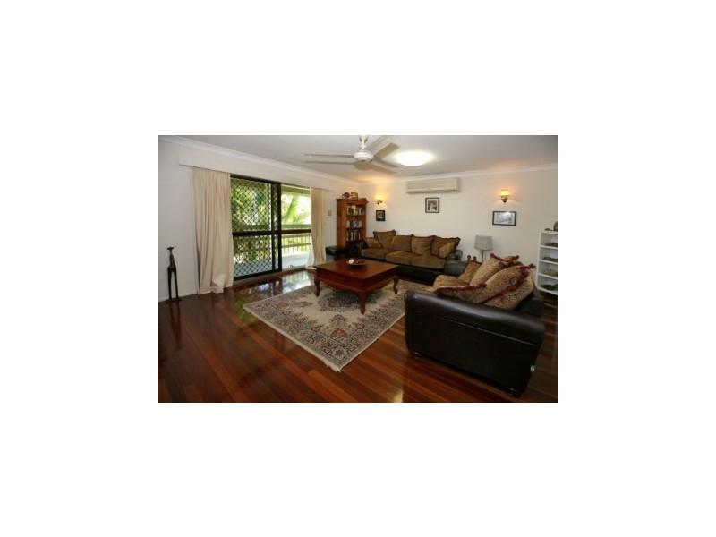 6 Adelong Drive, Cranbrook QLD 4814