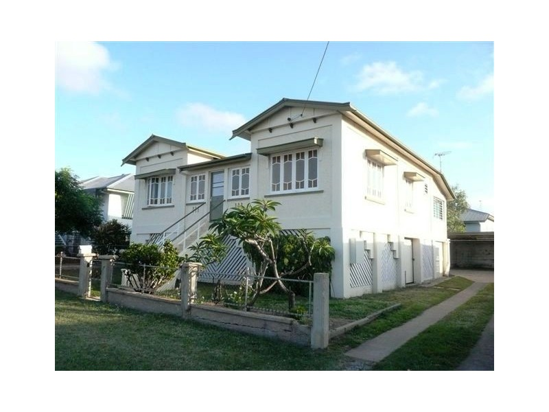 2/17 Somer St, Hyde Park QLD 4812