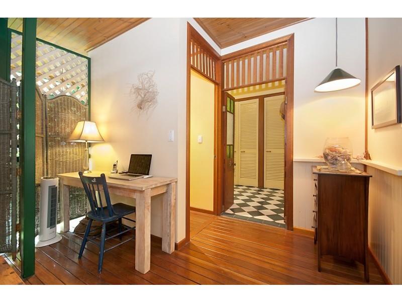 48 Ackers Street, Hermit Park QLD 4812