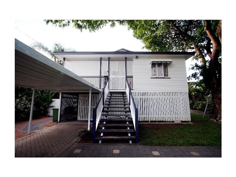 60  Sherriff St, Hermit Park QLD 4812