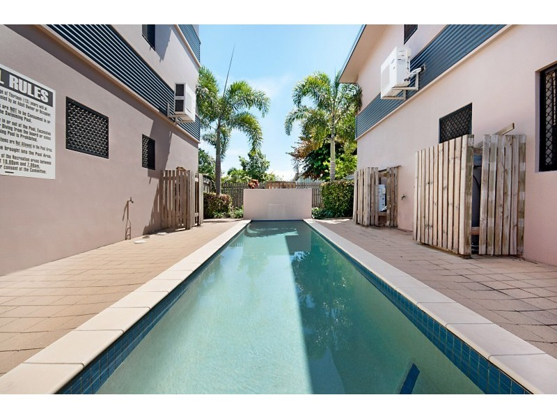 12/53-55 Kings Road, Hyde Park QLD 4812