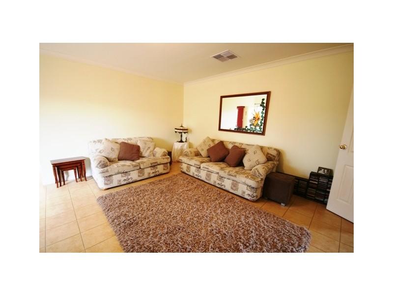 13 Goss Road, Aberfoyle Park SA 5159