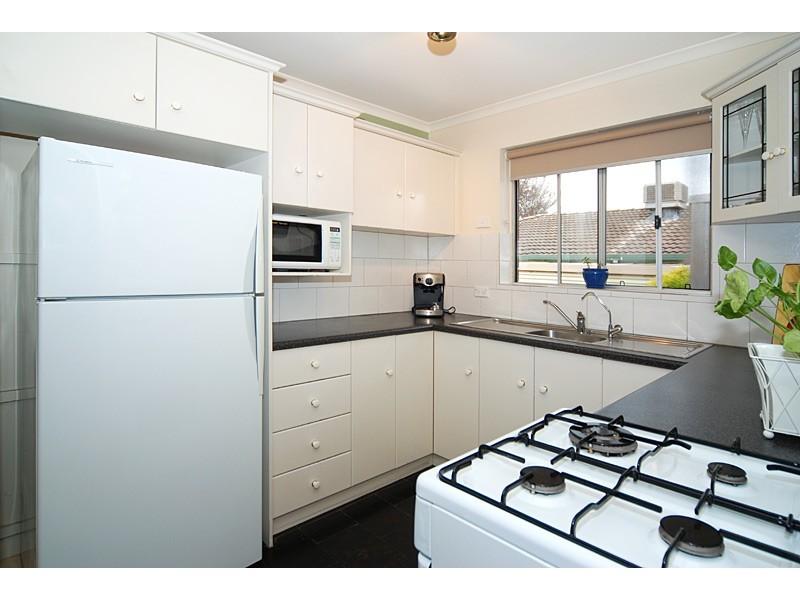 33 IDLEWILD AVENUE, Aberfoyle Park SA 5159