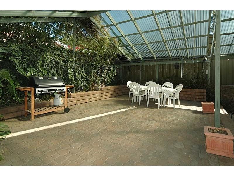 2 Marienberg Rise, Aberfoyle Park SA 5159