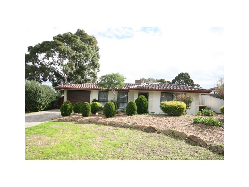 89 Sunnymeade Drive, Aberfoyle Park SA 5159