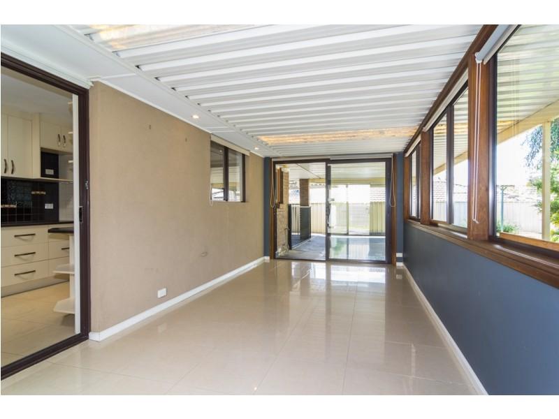 15 Campus Drive, Aberfoyle Park SA 5159