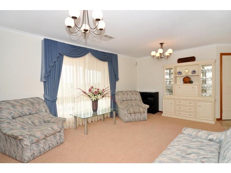 38 Coachwood Drive, Aberfoyle Park SA 5159