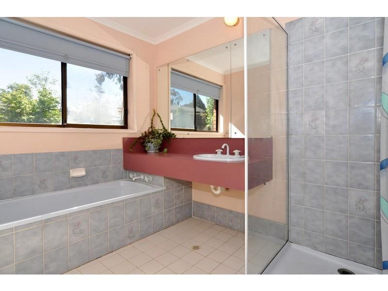 6 Woodland Grove, Aberfoyle Park SA 5159