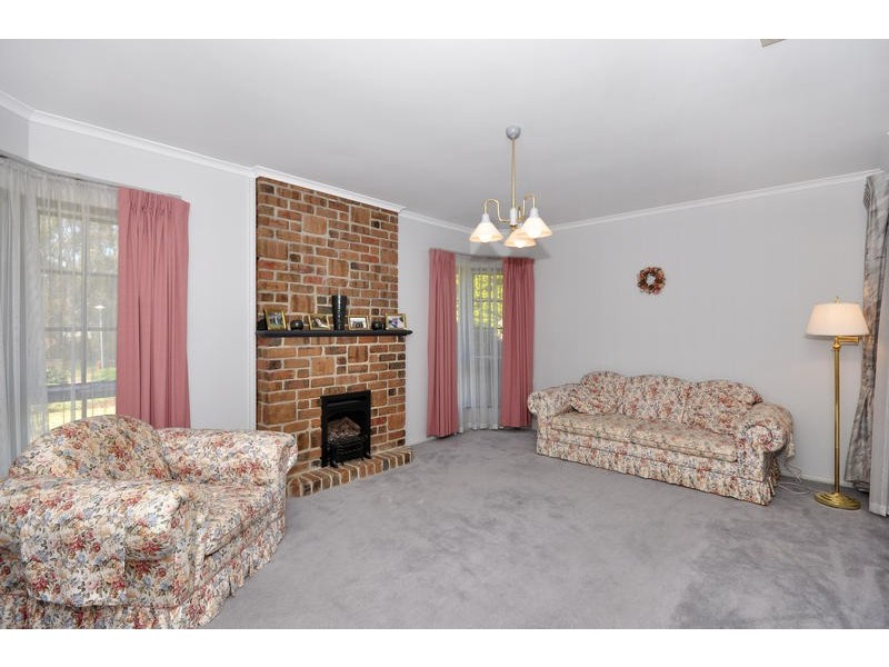 22 Crossdale Drive, Aberfoyle Park SA 5159