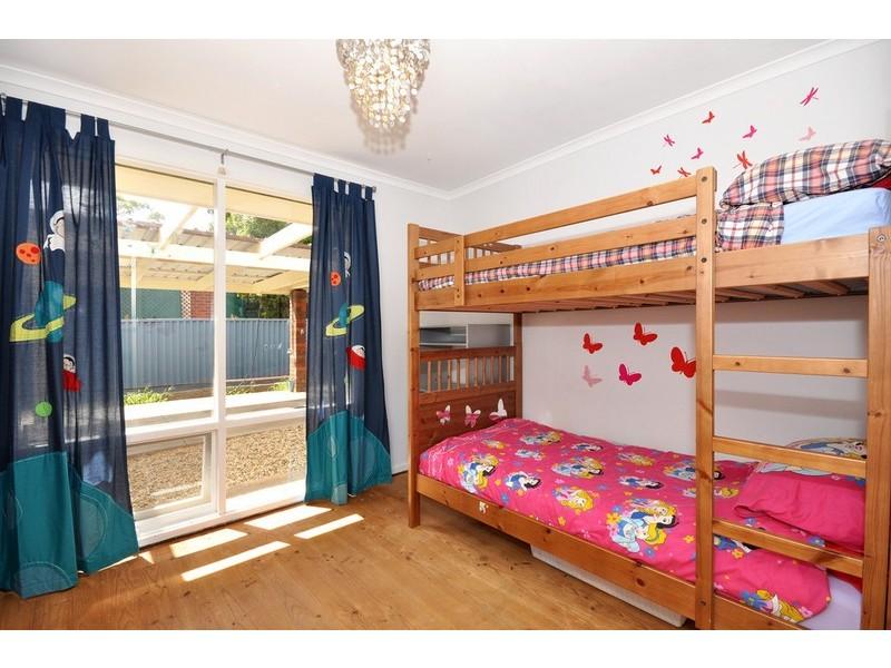 11 Dalpura Grove, Aberfoyle Park SA 5159