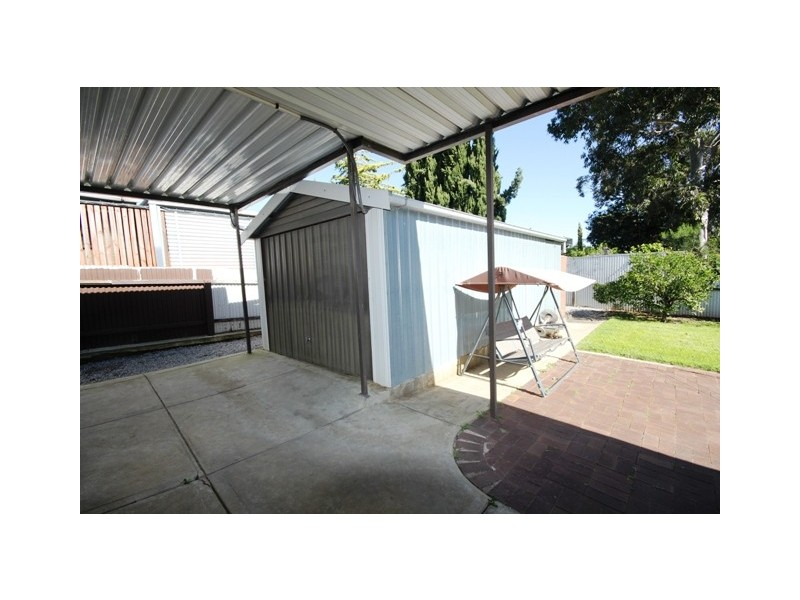 12 Pennant Street, Aberfoyle Park SA 5159