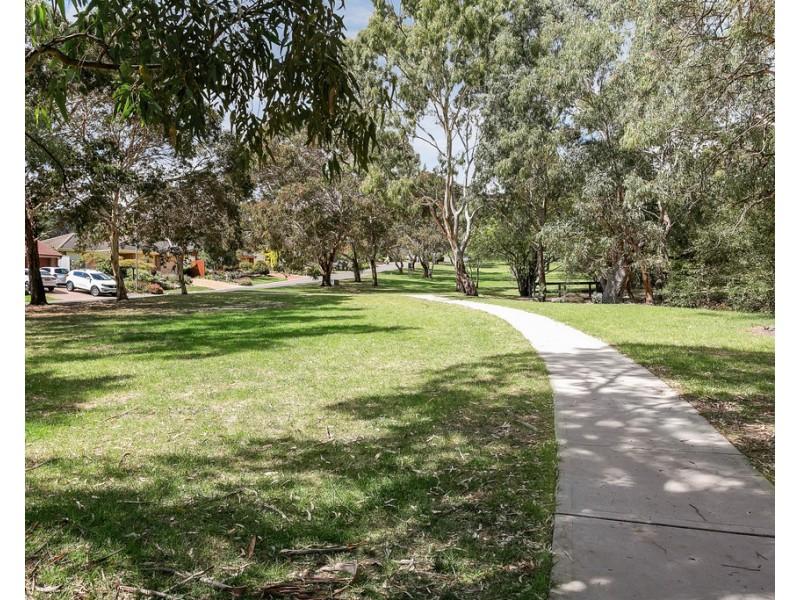 7 Stonebridge Drive, Aberfoyle Park SA 5159