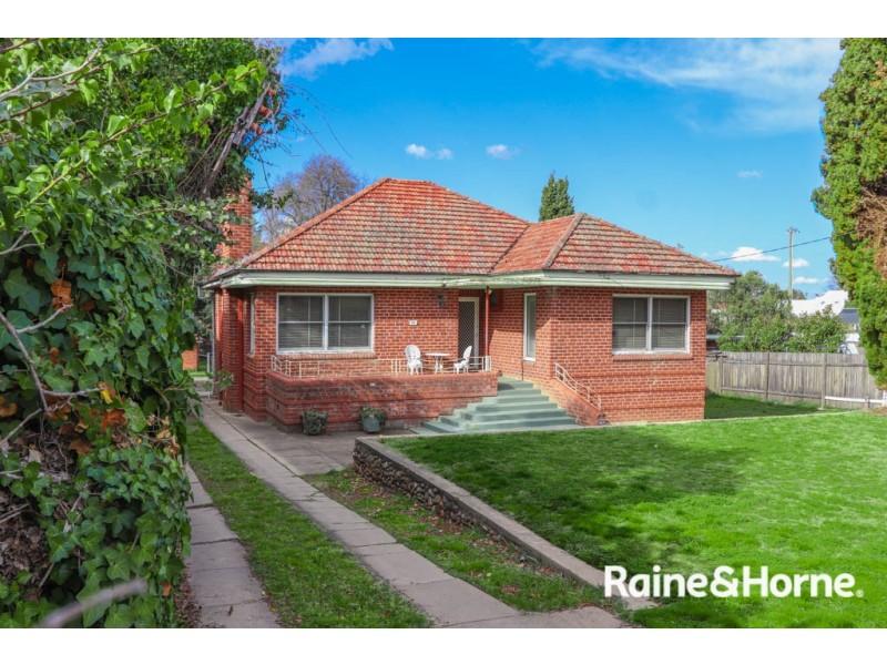 99 Rocket Street, Bathurst NSW 2795