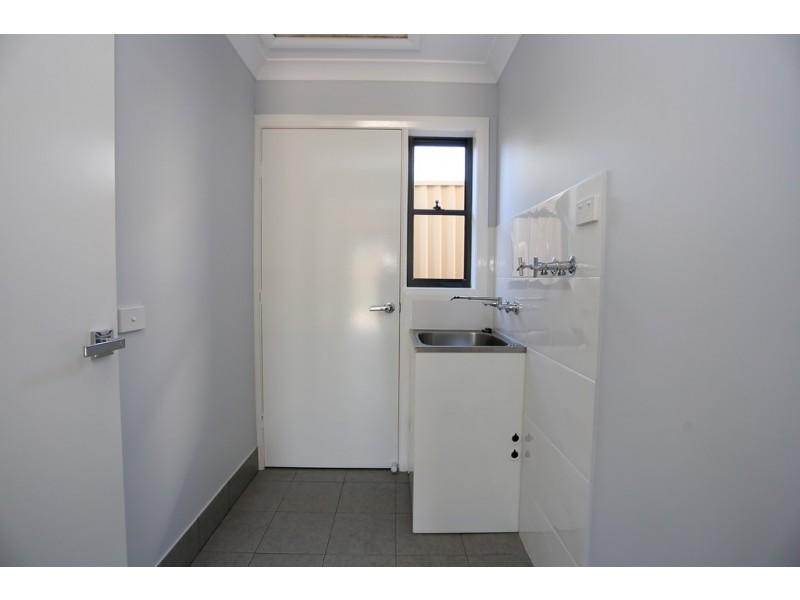 358c Stewart St, Bathurst NSW 2795