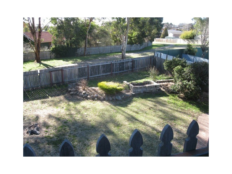 10 Miriyan drive, Bathurst NSW 2795