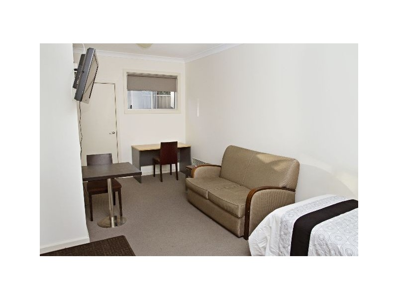 5/197a Browning St, Bathurst NSW 2795