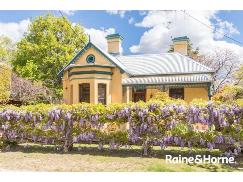 240 Rocket Street, Bathurst NSW 2795